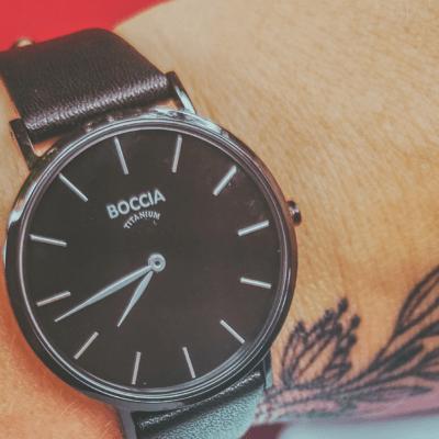 Jaké si vybrat dámské hodinky, když chcete podtrhnout svůj ženský charakter?